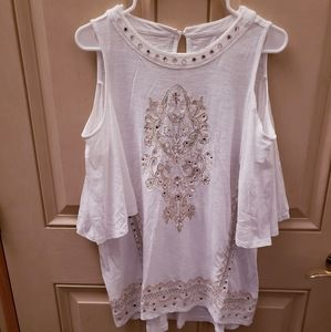 CHICOS WHITE FLORAL BLOUSE WITH MIRRORED GLASS